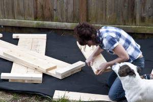constructing soilless garden beds