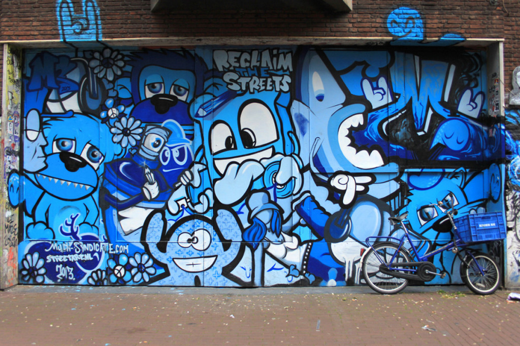 Multi Syndicate I Feel Blue Wall, Spuistraat Amsterdam