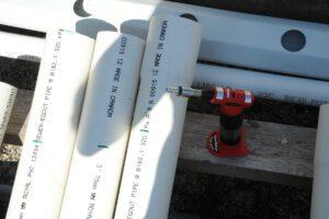 marking vertical grow tubes