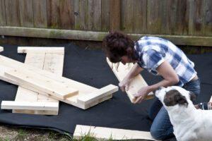 constructing soilless garden beds